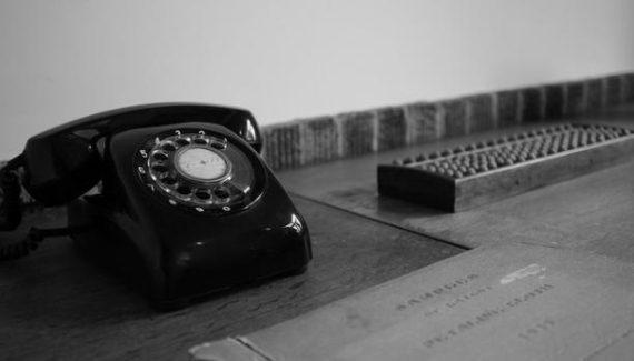 Atención al cliente en la empresa por teléfono