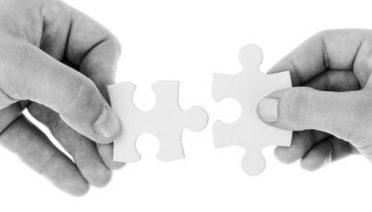 Hay muchas maneras hacer las cosas bien con los clientes. Diferentes caminos que conducen a través de distintas soluciones para aportar valor y satisfacer las necesidades de quienes adquieren productos y servicios de las empresas productoras. Pero no siempre se acierta